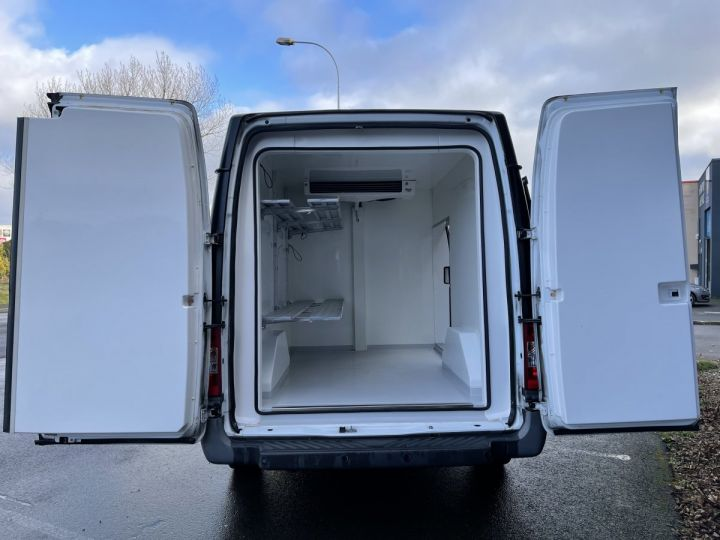 Light van Ford Refrigerated body 2.2L 100CV FRIGORIFIQUE ISOTHERME NOIR - 9