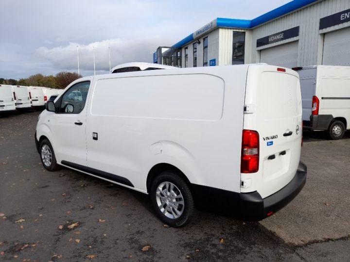 Light van Opel Vivaro Refrigerated van body BLANC - 3