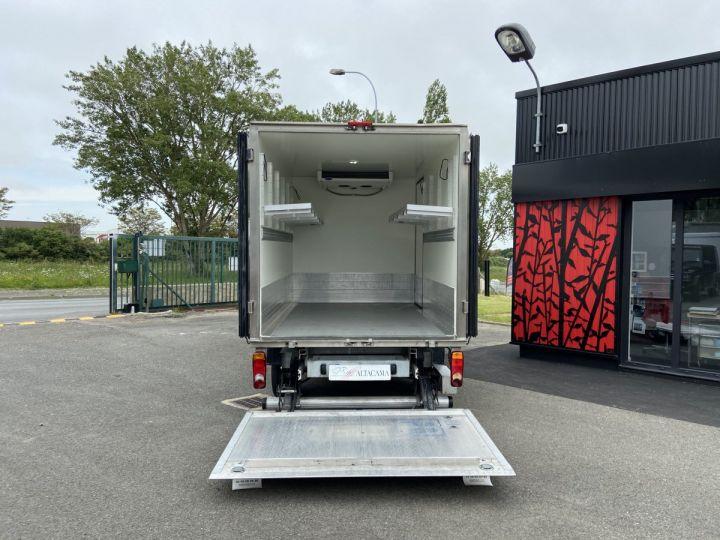 Light van Renault Master Refrigerated van body 130CV FRIGORIFIQUE ISOTHERME HAYON ELEVATEUR BLANC - 4