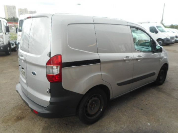Light van Ford Courrier Steel panel van TDCI 75CV  - 3