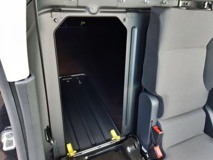 Light van Opel Combo Steel panel van L1H1 650KG 1.5D 75CH PACK CLIM NOIR - 17