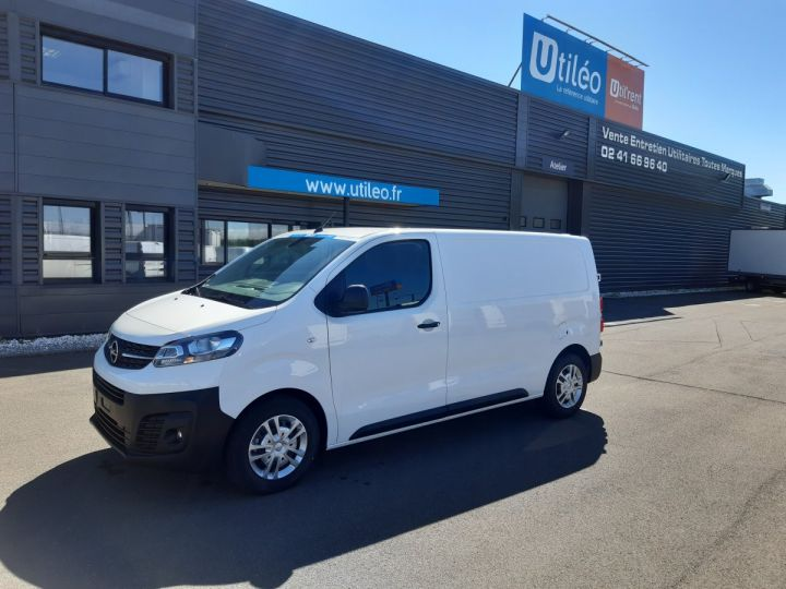 Light van Opel Vivaro Steel panel van L2 1.5D 120CV PACK CLIM BLANC - 1
