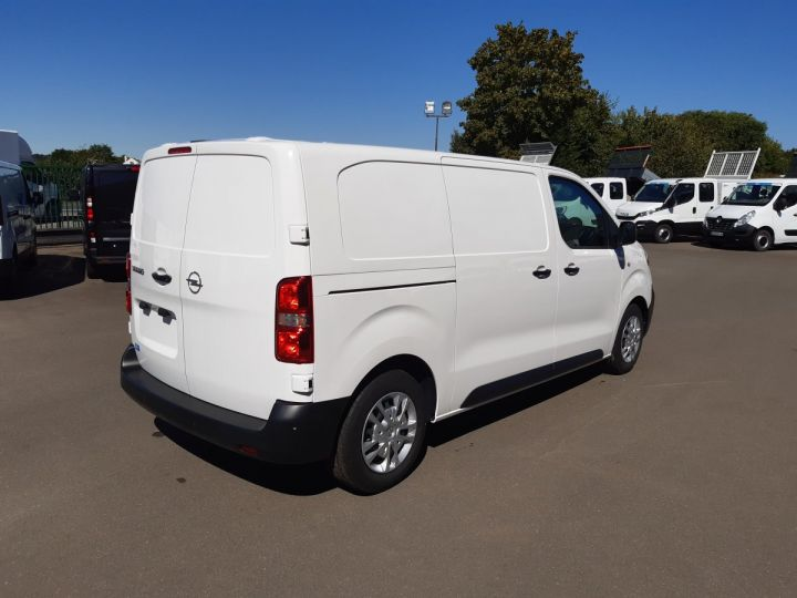 Light van Opel Vivaro Steel panel van L2 1.5D 120CV PACK CLIM BLANC - 3