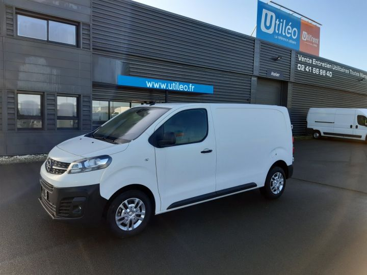 Light van Opel Vivaro Steel panel van L2 AUGMENTE 2.0D 120CH PACK CLIM BLANC - 1