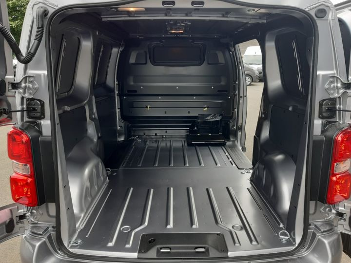 Light van Peugeot Expert Steel panel van STANDARD 2.0 HDI 180 EAT8 PREMIUM GRIS CLAIR METAL - 7