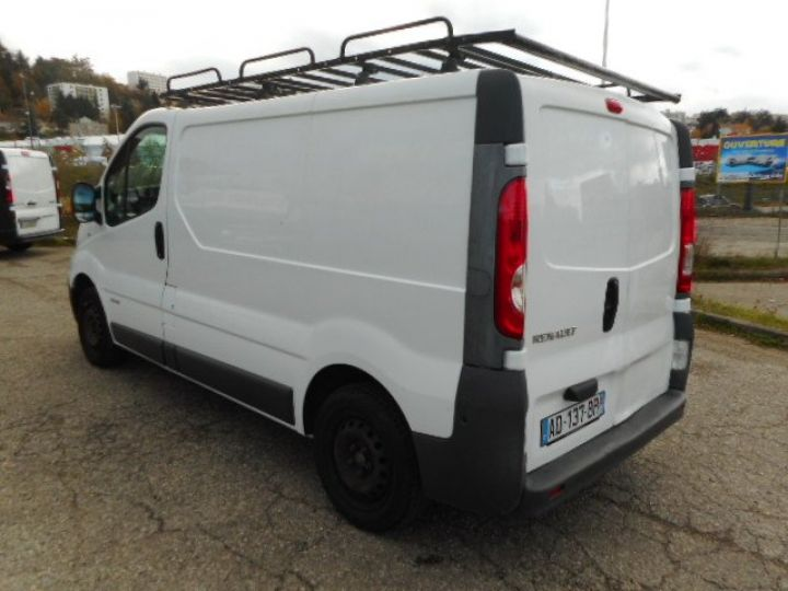 Light van Renault Trafic Steel panel van L1H1 DCI 115  - 4