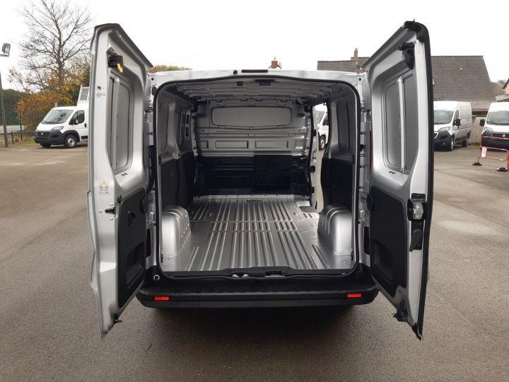 Light van Renault Trafic Steel panel van L2H1 1200 2.0 DCI 145CH ENERGY GRAND CONFORT GRIS PLATINE - 5