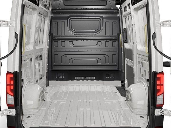 Light van Volkswagen Crafter Steel panel van BLANC - 3