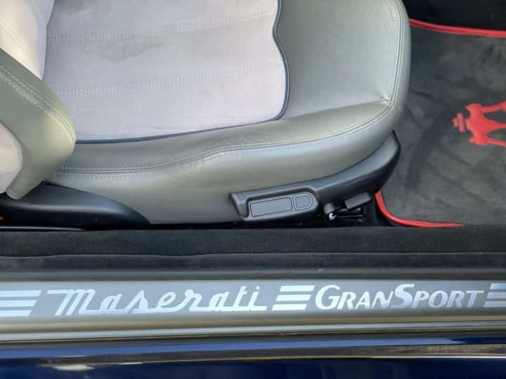 Maserati 4200 GT gransport  4.3 V8 BLEU METAL - 14