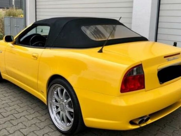 Maserati 4200 GT spyder cambiocorsa F1 jaune granturismo - 5