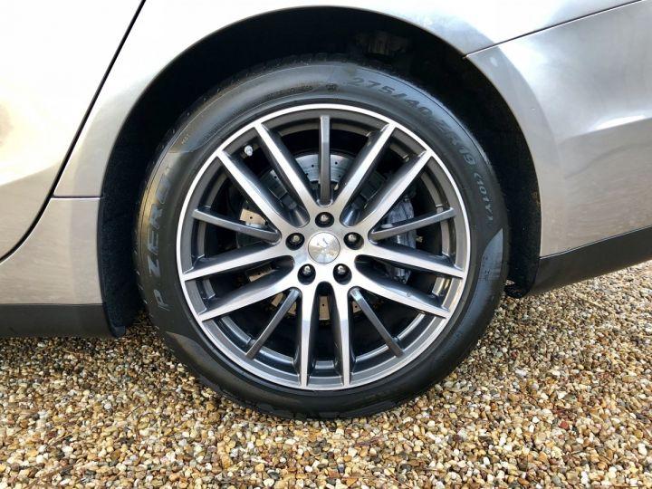 Maserati Ghibli 3.0 V6 Gris - 12