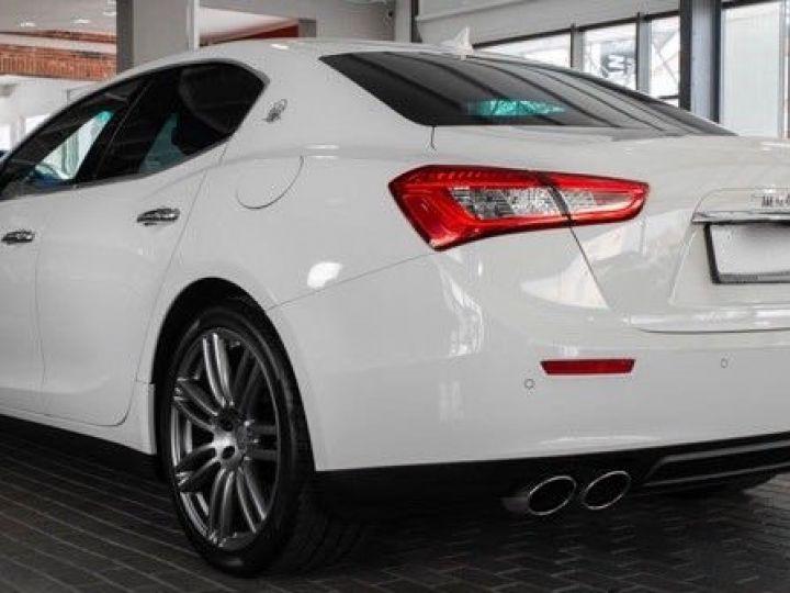 Maserati Ghibli 3.0 V6 DIESEL Blanc métallisé - 4