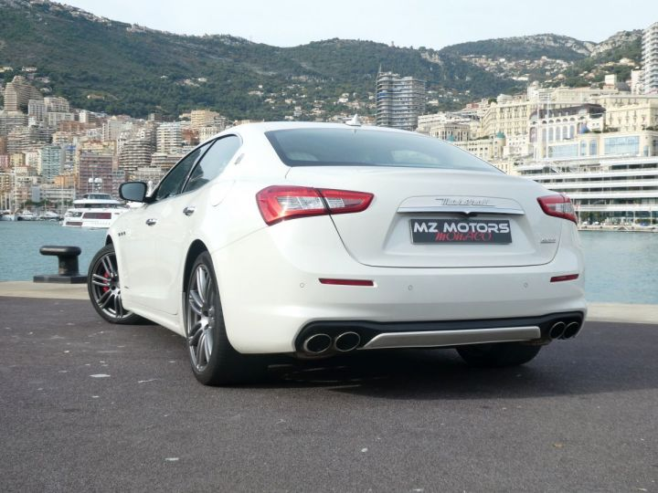 Maserati Ghibli 3 GRANLUSSO 3.0 V6 350 CV Bianco Alpi Vendu - 12