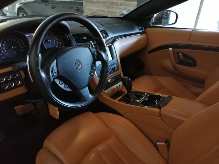Maserati Gran Turismo 4.2 V8 405 CV BVA Gris - 5