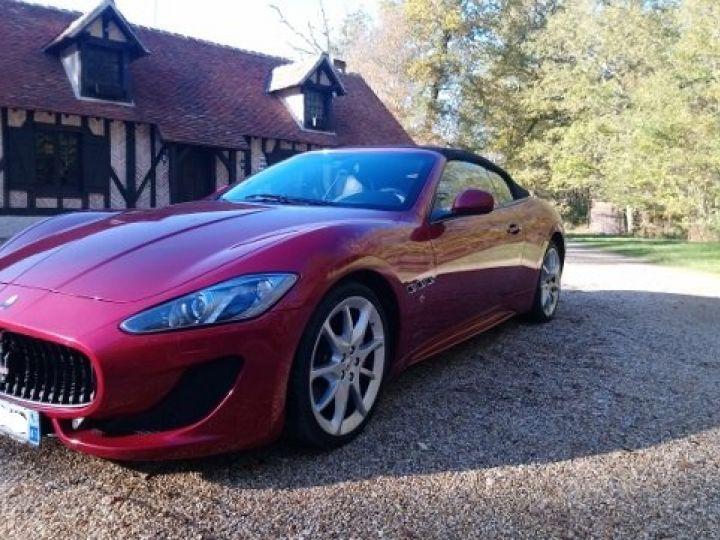 Maserati Grancabrio 4.7 V8 460 SPORT AUTOMATIQUE(03/2014) 13.700 KLM rouge métal Rosso Trionfale - 1
