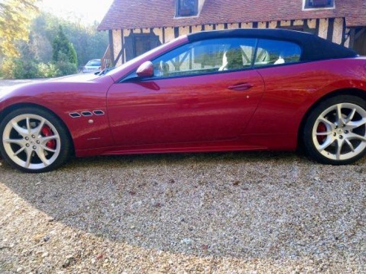 Maserati Grancabrio 4.7 V8 460 SPORT AUTOMATIQUE(03/2014) 13.700 KLM rouge métal Rosso Trionfale - 8