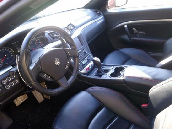 Maserati Grancabrio 4.7 V8 460 SPORT AUTOMATIQUE(03/2014) 13.700 KLM rouge métal Rosso Trionfale - 9