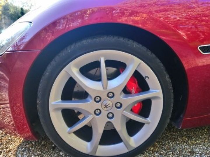 Maserati Grancabrio 4.7 V8 460 SPORT AUTOMATIQUE(03/2014) 13.700 KLM rouge métal Rosso Trionfale - 14