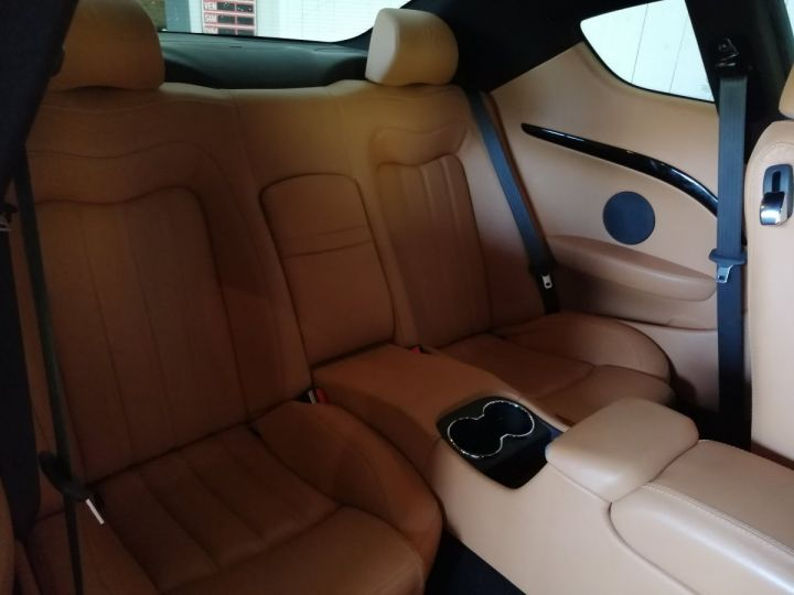 Maserati GranTurismo 4.2 V8 405 CV BVA Gris - 7