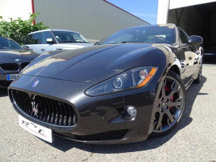Maserati GranTurismo 4.7L F1 440Ps/ Embrayage neuf PDC GPS BOSE Jtes 20 noir métallisé - 1