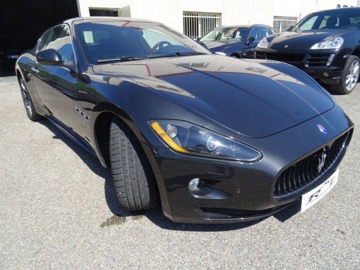Maserati GranTurismo 4.7L F1 440Ps/ Embrayage neuf PDC GPS BOSE Jtes 20 noir métallisé - 3