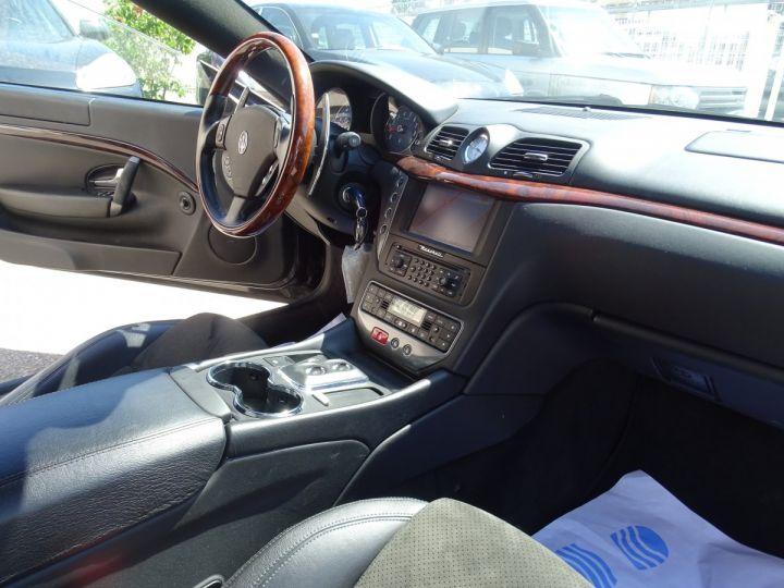 Maserati GranTurismo 4.7L F1 440Ps/ Embrayage neuf PDC GPS BOSE Jtes 20 noir métallisé - 14