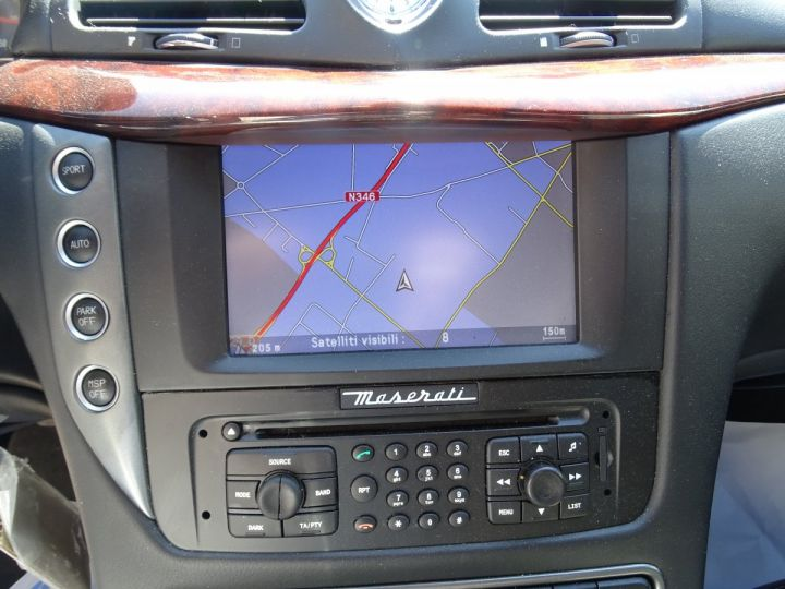 Maserati GranTurismo 4.7L F1 440Ps/ Embrayage neuf PDC GPS BOSE Jtes 20 noir métallisé - 20