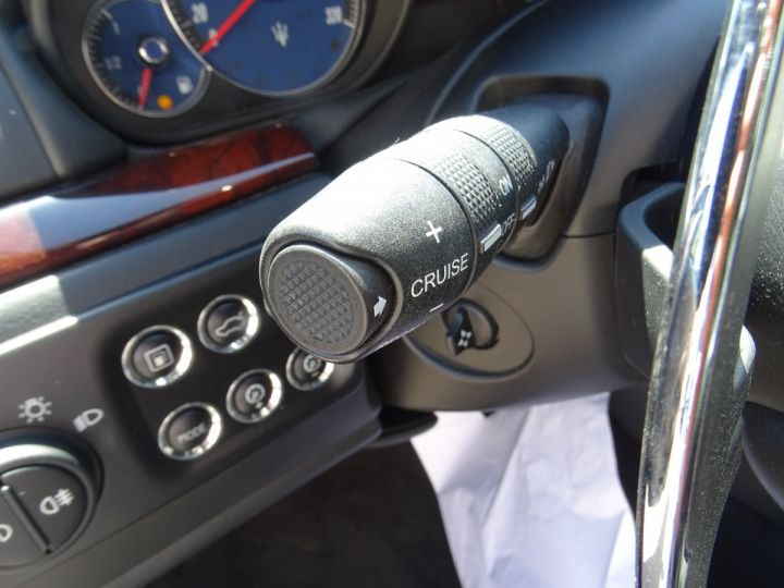Maserati GranTurismo 4.7L F1 440Ps/ Embrayage neuf PDC GPS BOSE Jtes 20 noir métallisé - 21