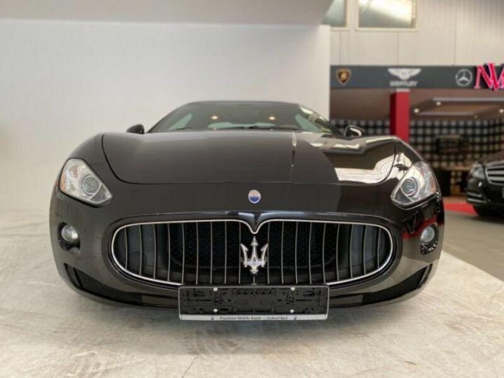Maserati GranTurismo Maserati GranTurismo 4.2 V8 noir - 2