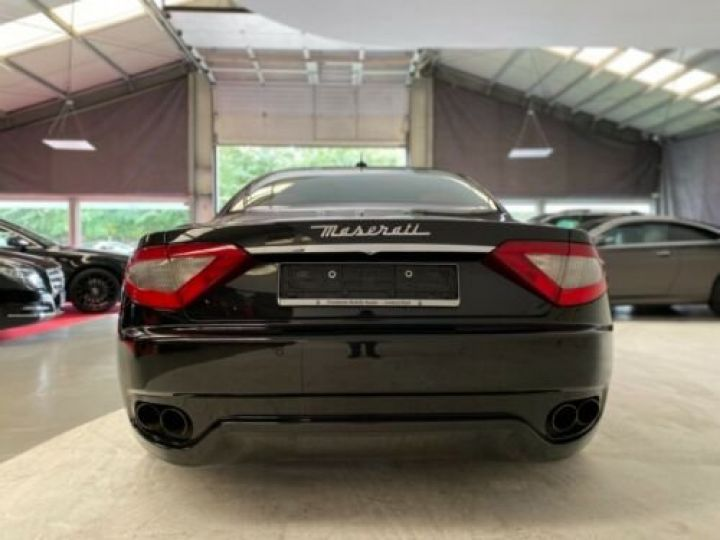 Maserati GranTurismo Maserati GranTurismo 4.2 V8 noir - 6