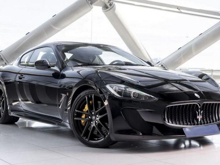 Maserati GranTurismo MC STRADALE 4.7 noir - 1