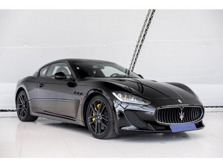 Maserati GranTurismo MC STRADALE 4.7 noir - 18