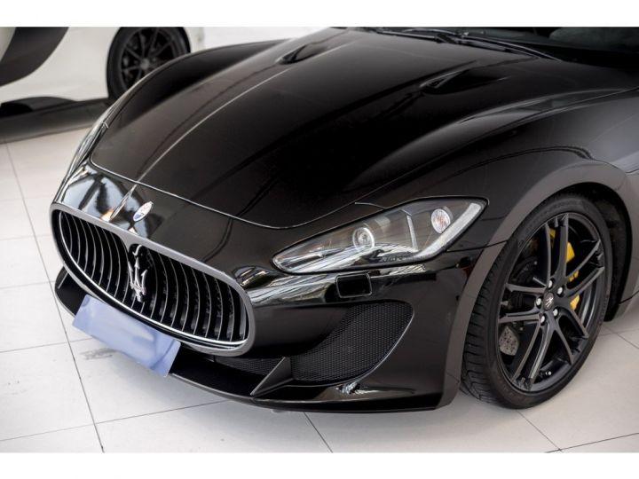 Maserati GranTurismo MC STRADALE 4.7 noir - 20