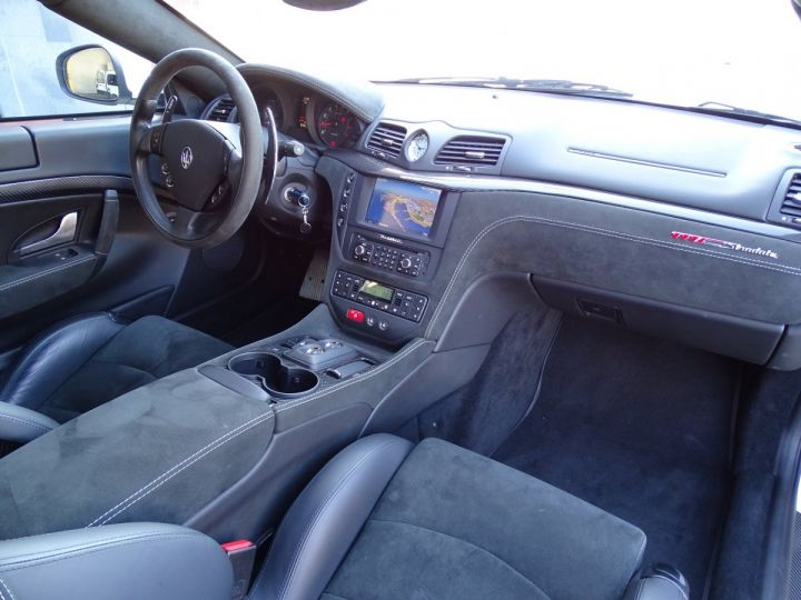 Maserati GranTurismo MC STRADALE V8 4.7 F1 BVR 450 CV - MONACO Blanc Eldorado - 8