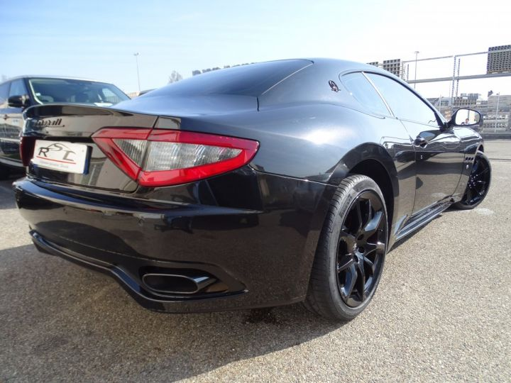 Maserati GranTurismo SPORT 4.7L 460Ps F1/ Pack Carbonio + Matt black Look  noir carbonio met - 9