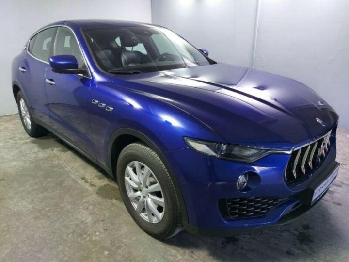 Maserati Levante bleu - 1