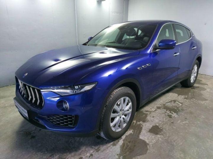 Maserati Levante bleu - 3