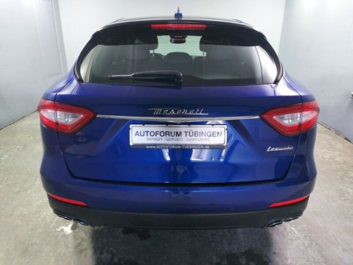 Maserati Levante bleu - 5