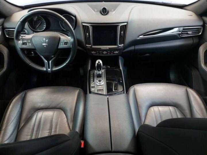 Maserati Levante bleu - 8