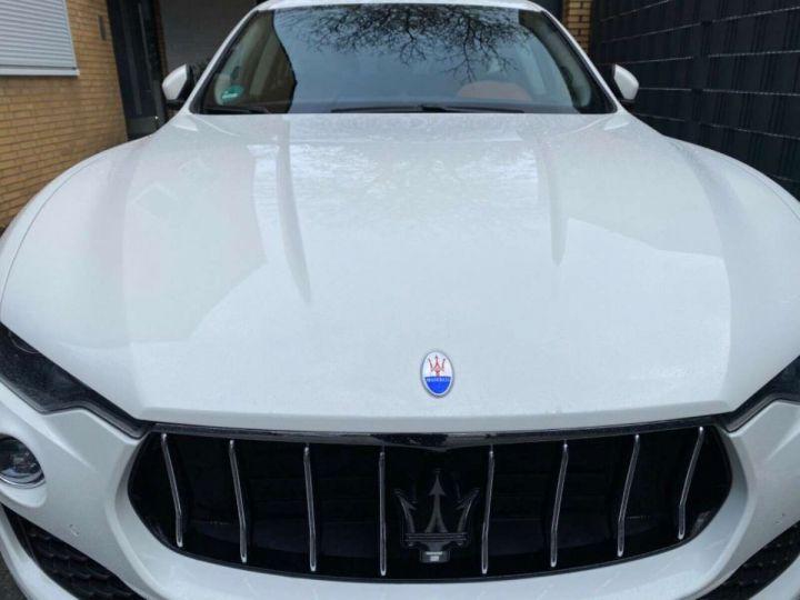 Maserati Levante 3.0 V6 275ch Diesel *Livraison et garantie 12 mois INCLUS* Blanc - 1