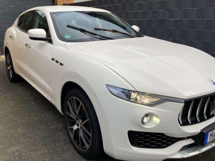 Maserati Levante 3.0 V6 275ch Diesel *Livraison et garantie 12 mois INCLUS* Blanc - 2