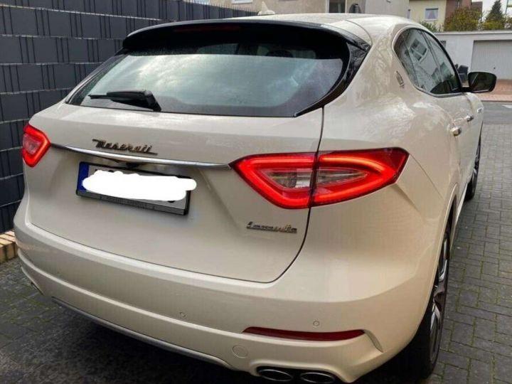 Maserati Levante 3.0 V6 275ch Diesel *Livraison et garantie 12 mois INCLUS* Blanc - 9