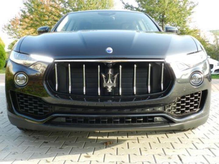 Maserati Levante 3.0 V6 350CH Q4 NOIR Occasion - 9