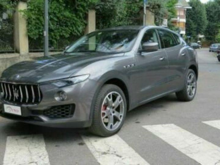 Maserati Levante Diesel 3.0 V6 Turbo 275 GranSport / GPS / BLUETOOTH / GARANTIE 12 MOIS Gris métallisée  - 1