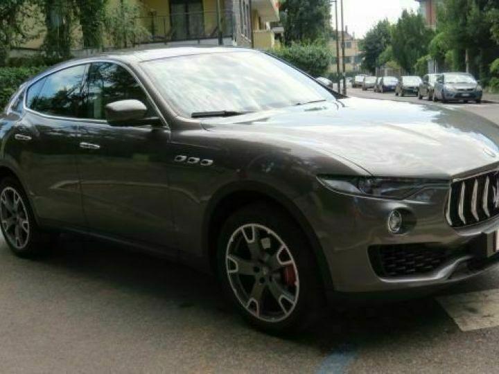 Maserati Levante Diesel 3.0 V6 Turbo 275 GranSport / GPS / BLUETOOTH / GARANTIE 12 MOIS Gris métallisée  - 3