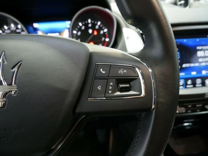 Maserati Levante LEVANTE 3.0 V6 BI TURBO 430 CH Gris - 11