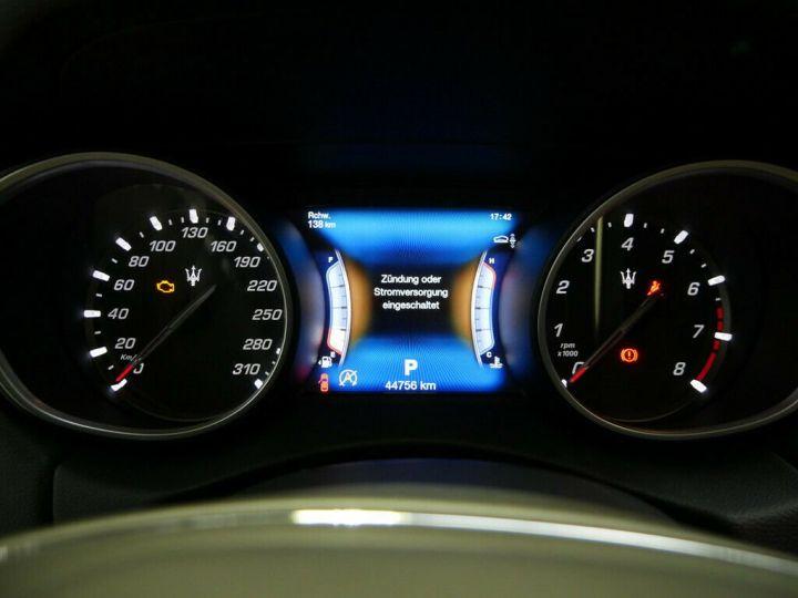 Maserati Levante LEVANTE 3.0 V6 BI TURBO 430 CH Gris - 13