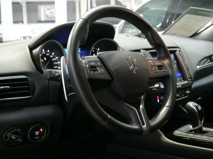 Maserati Levante LEVANTE 3.0 V6 BI TURBO 430 CH Gris - 16