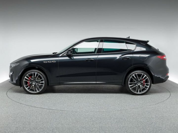 Maserati Levante LEVANTE GTS MALUS INCLUS noir métallisé  - 3