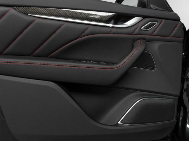 Maserati Levante LEVANTE GTS MALUS INCLUS noir métallisé  - 4